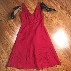 Ann Taylor sz 6 red embroidered A-line dress. EUC